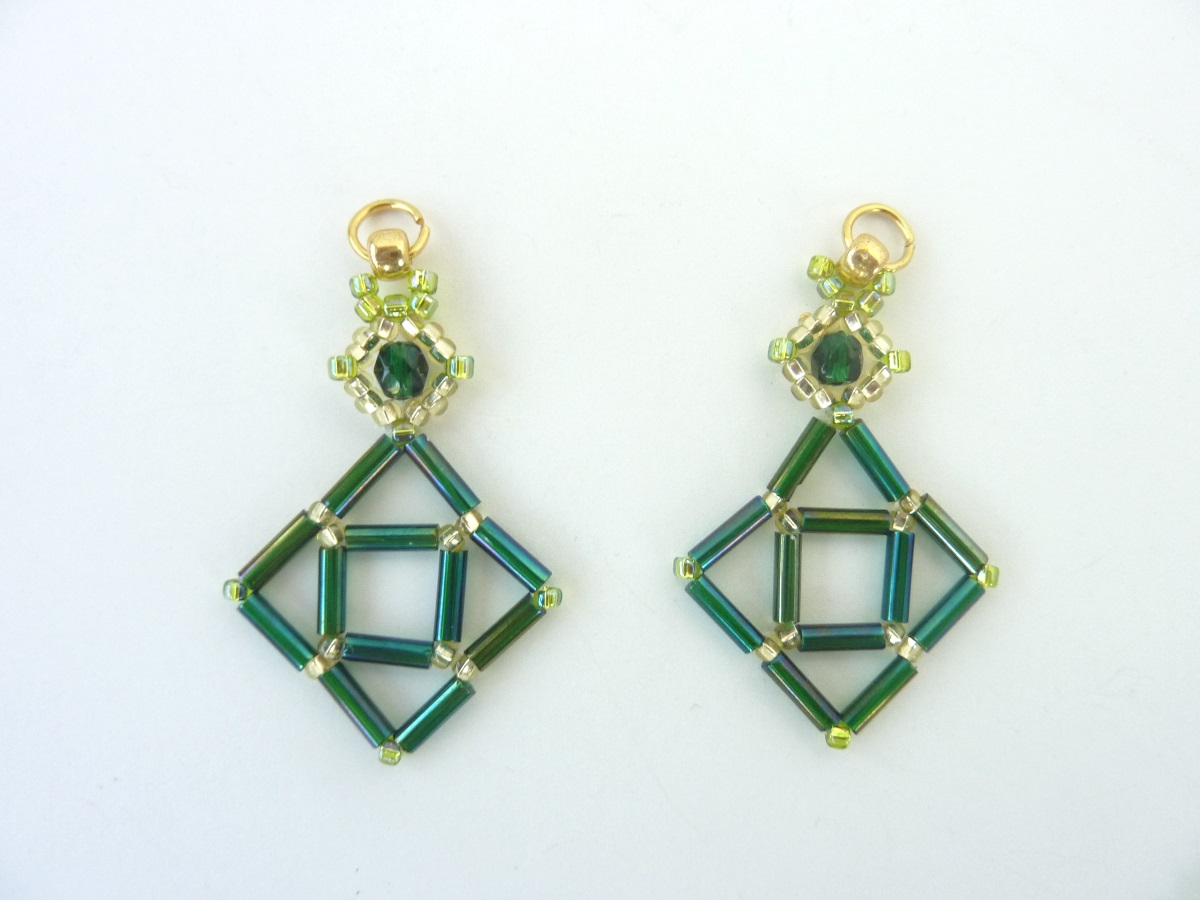 FREE beading pattern: Bugle Diamond Earrings