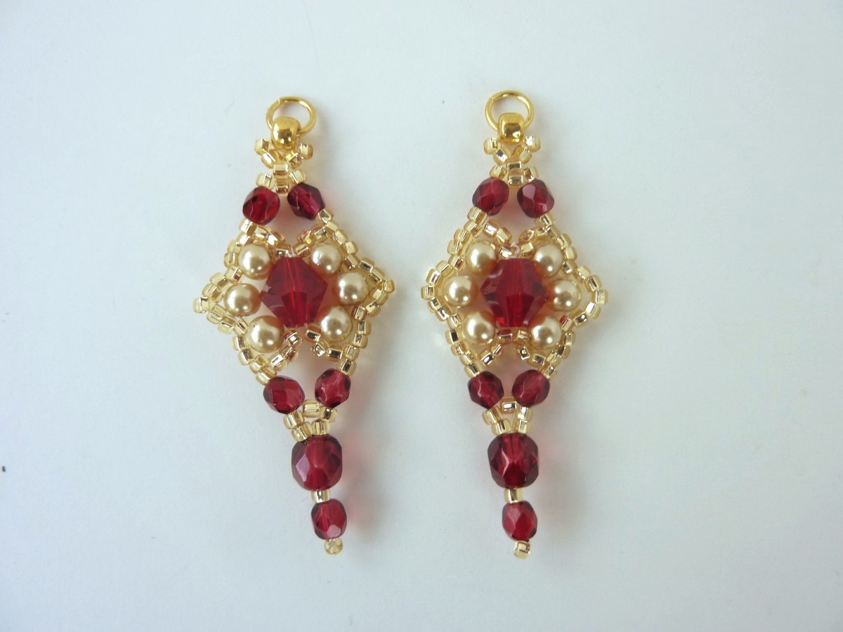 FREE beading pattern: Crystal Pearl Earrings