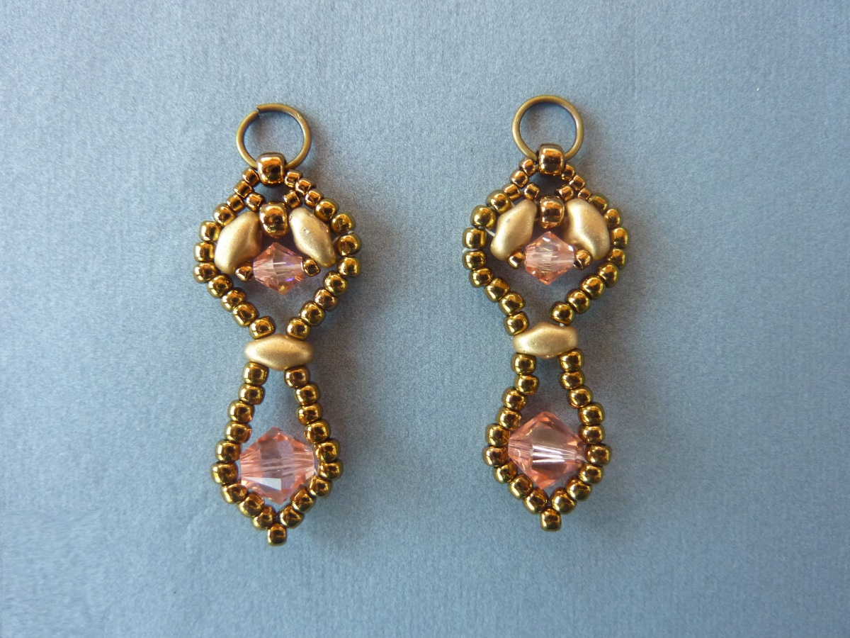 FREE beading pattern: Framed Crystal Drop Earrings