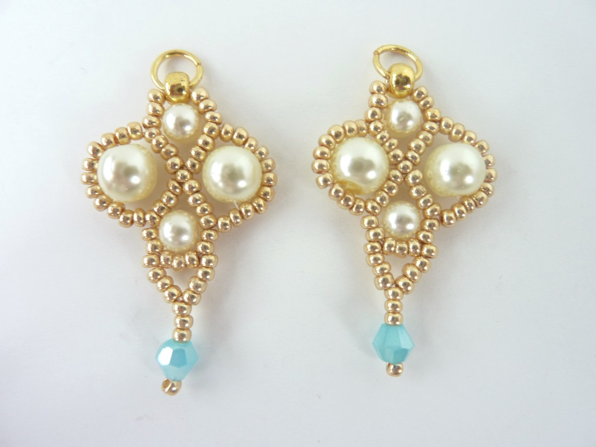 FREE beading pattern: Palace Pearl Earrings