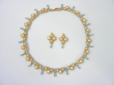 palace_pearl_earrings_1