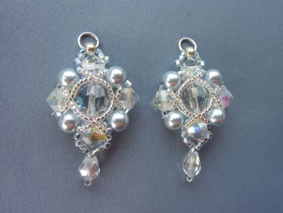 regal_earrings_1