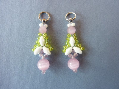 twin_flanked_drop_earrings_1