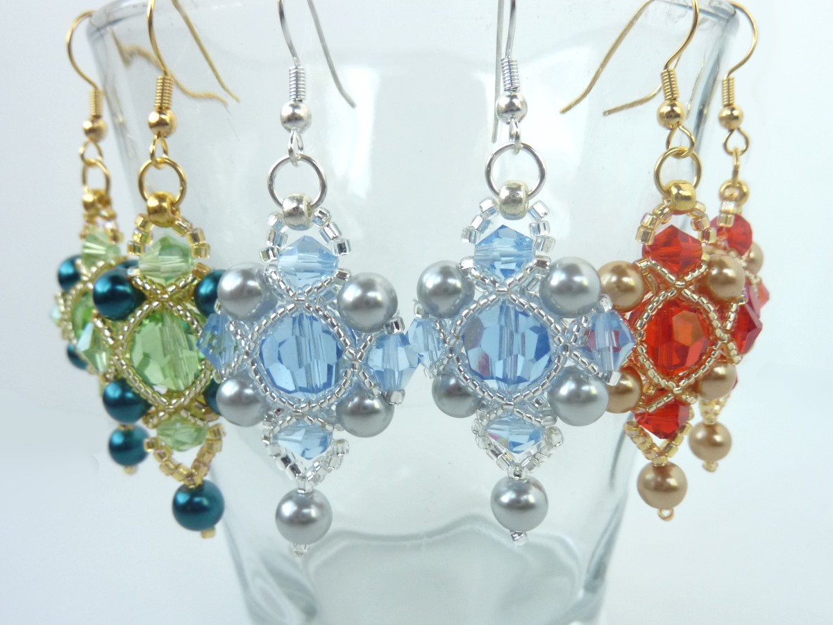 FREE beading pattern: Regal Earrings
