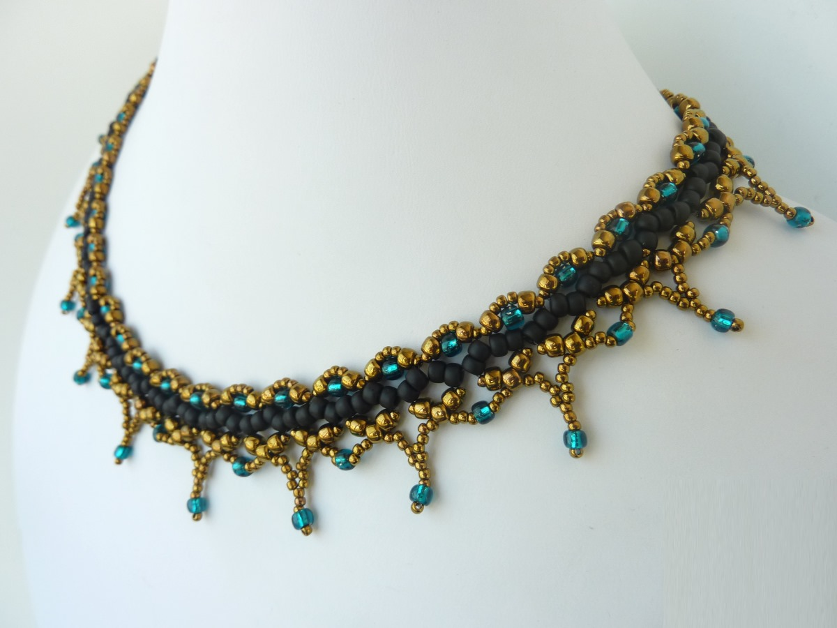 FREE beading pattern: Sophia Necklace