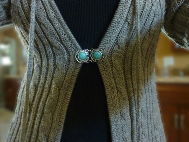 DIY Sweater Clip