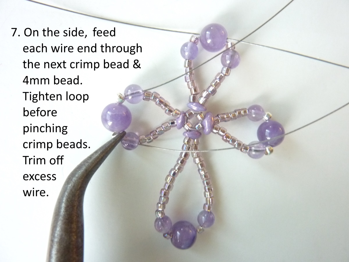 FREE beading pattern for Wire Loop Cross - BeadDiagrams.com