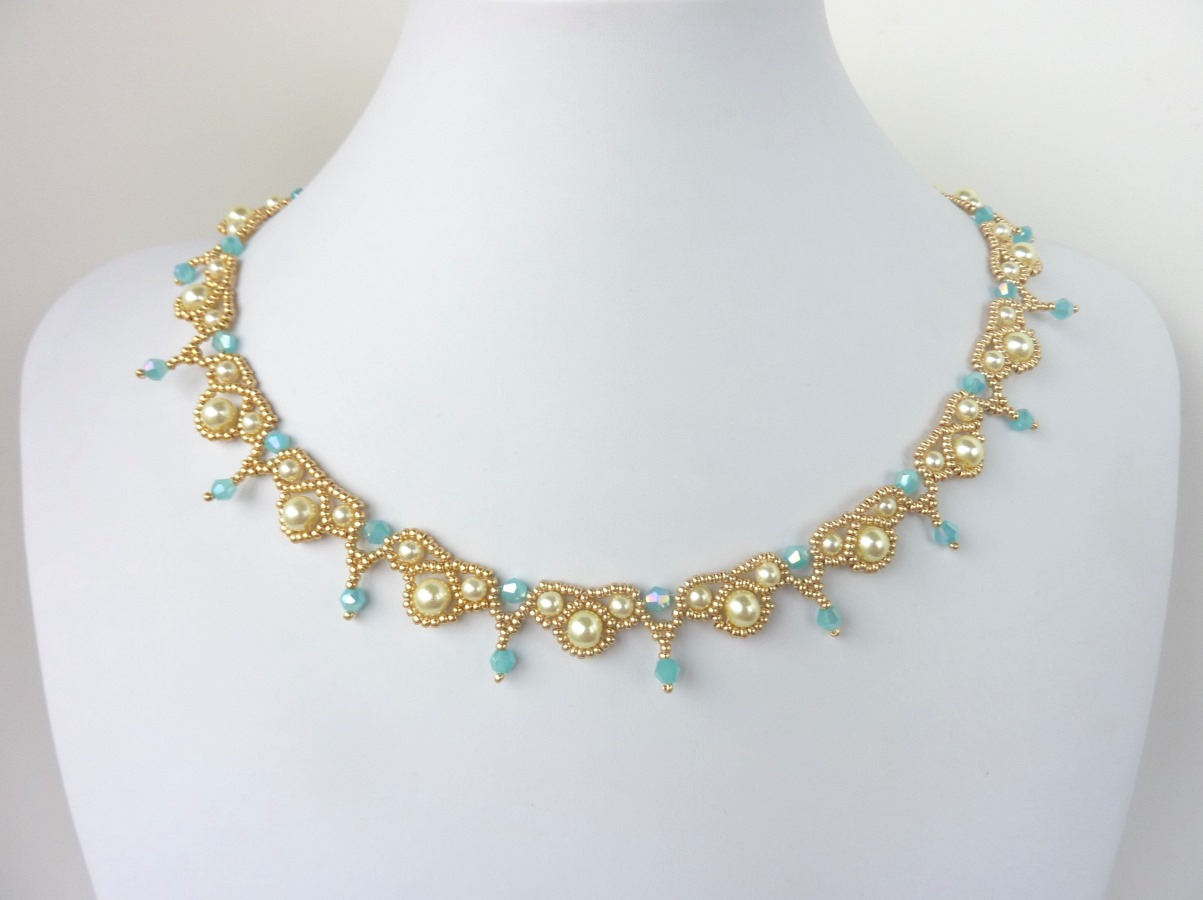 Pearl Jewellery Necklace >> FREE beading pattern for Palace Pearls necklace - BeadDiagrams.com